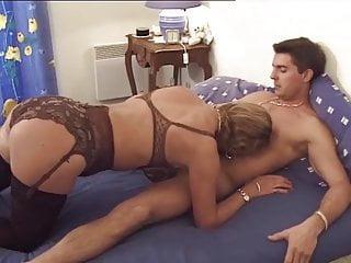 Frau strapse reife Straps Reifer